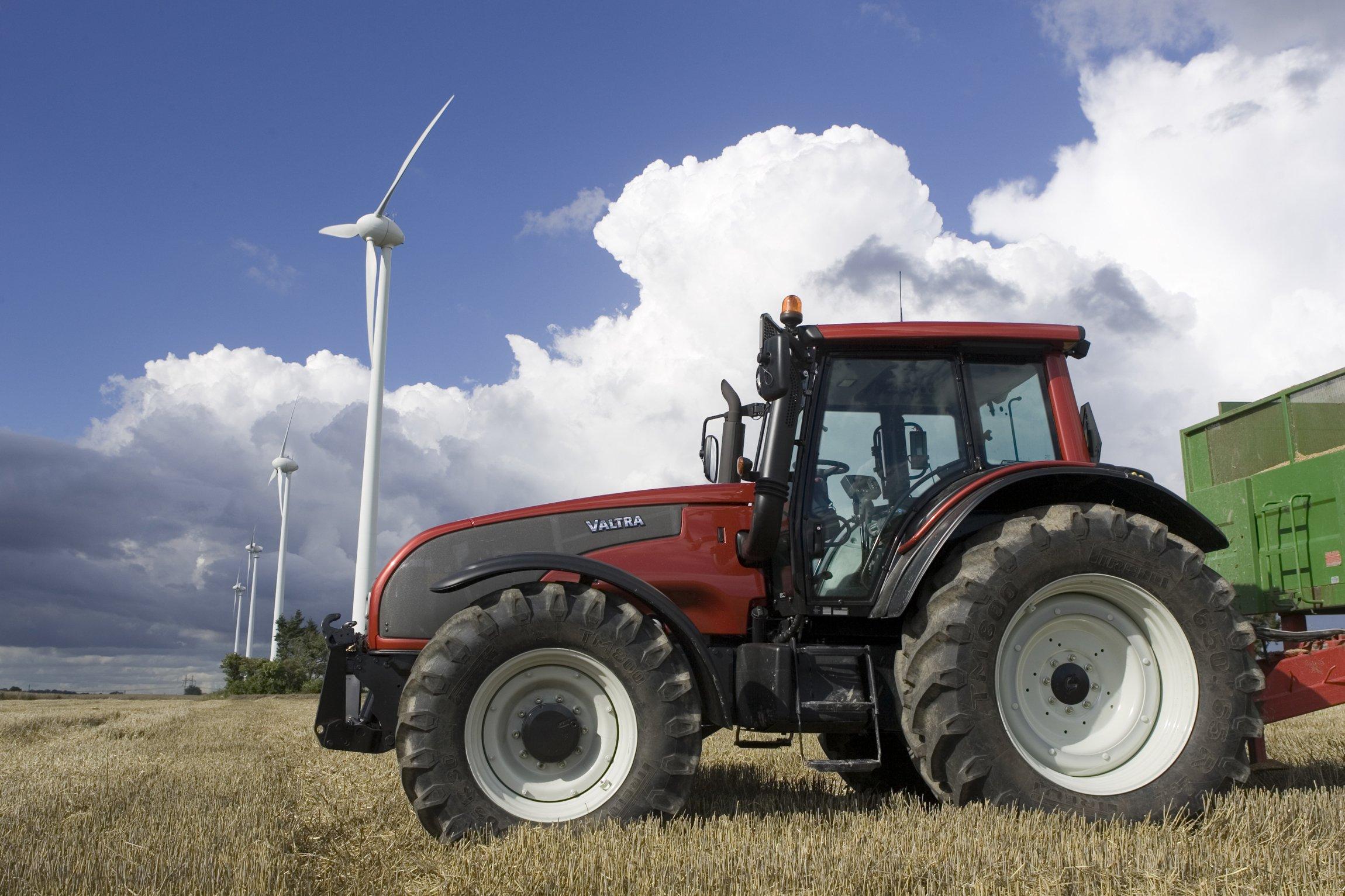 Valtra Valmet traktori